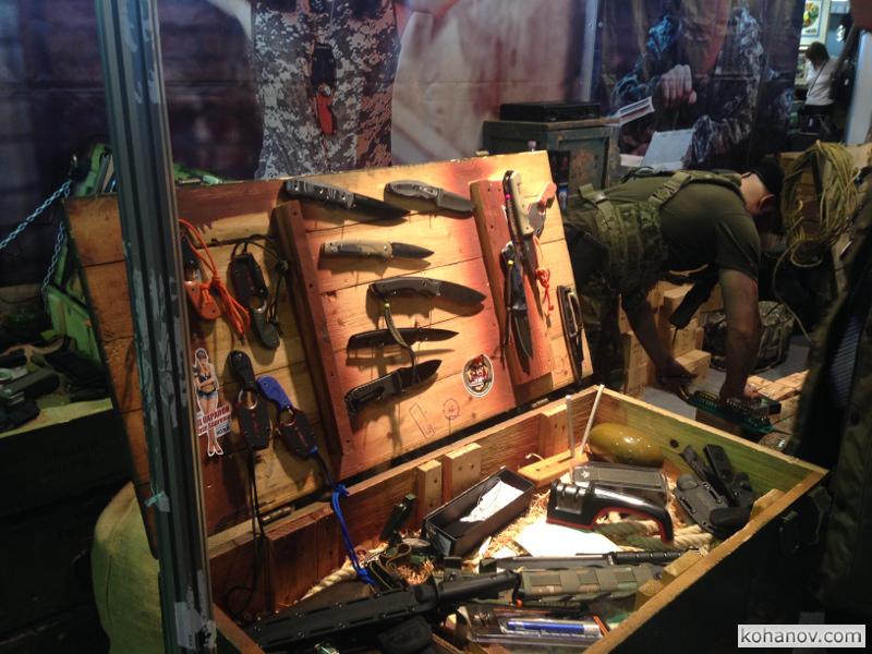 Выставка ножей Клинок - традиции и современность N 30 – Стенд Кизляр Суприм - Kizlyar Supreme